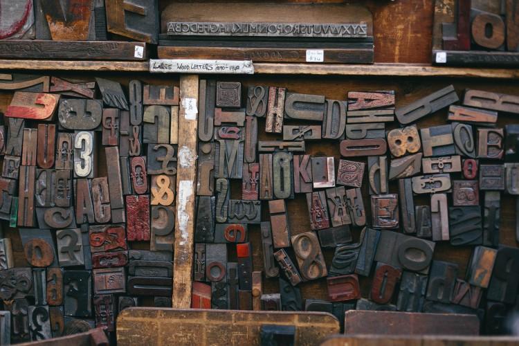 woodtype-846089_1920 (1)